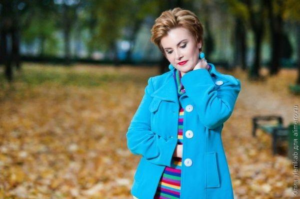 Любимый цвет бирюзовый, моя страсть к одежде этого цвета